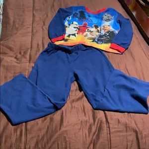 Boys Pajamas. GUC!